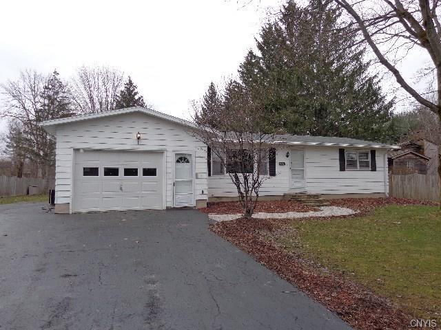 8530 Belnor Drive, Cicero, NY 13039 (MLS #S1110972) :: Thousand Islands Realty
