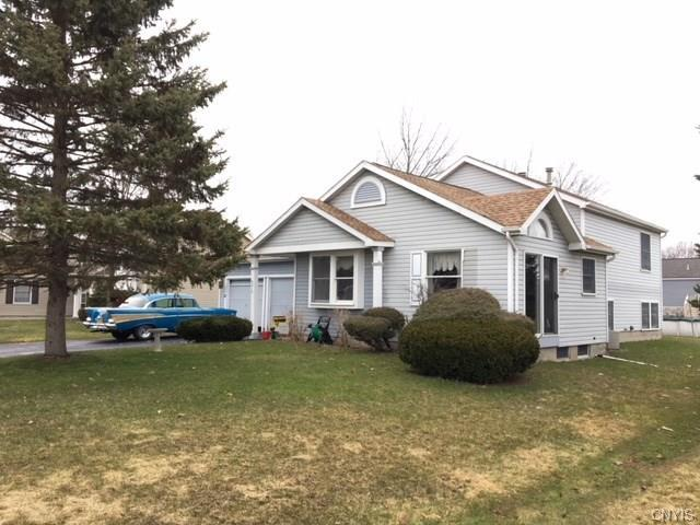 9512 N Woodlawn Drive, Cicero, NY 13029 (MLS #S1111304) :: Thousand Islands Realty