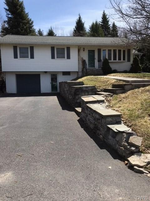 217 Crestwood Drive, Camillus, NY 13031 (MLS #S1113025) :: The Rich McCarron Team