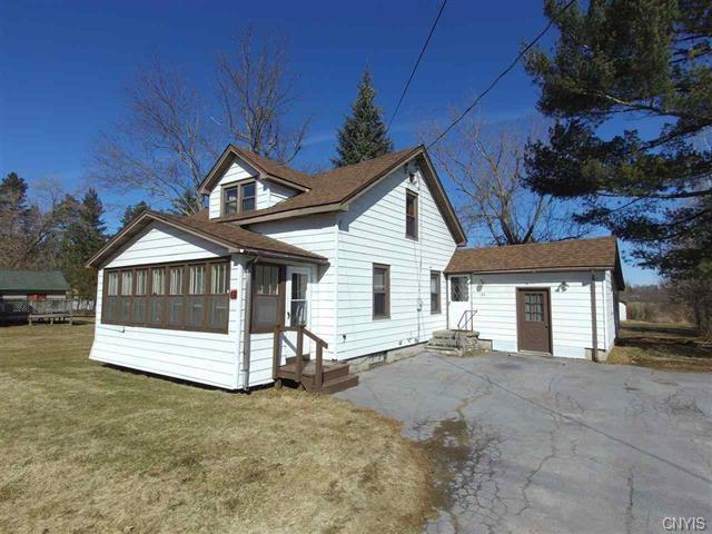 120 W Barney Street, Gouverneur, NY 13642 (MLS #S1122760) :: Thousand Islands Realty