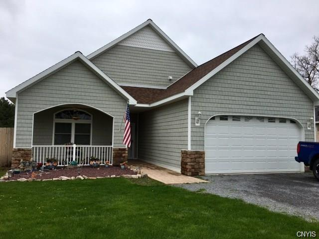 207 W Washington Street, Hounsfield, NY 13685 (MLS #S1123014) :: BridgeView Real Estate Services