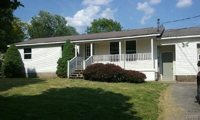612 County Route 25, Minetto, NY 13126 (MLS #S1125586) :: The Rich McCarron Team