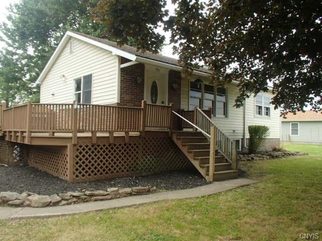 795 County Route 57, Schroeppel, NY 13135 (MLS #S1130015) :: The Rich McCarron Team