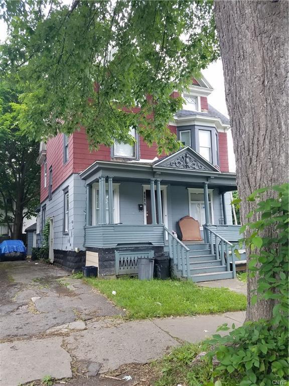 1102 Midland Avenue, Syracuse, NY 13205 (MLS #S1131358) :: Thousand Islands Realty