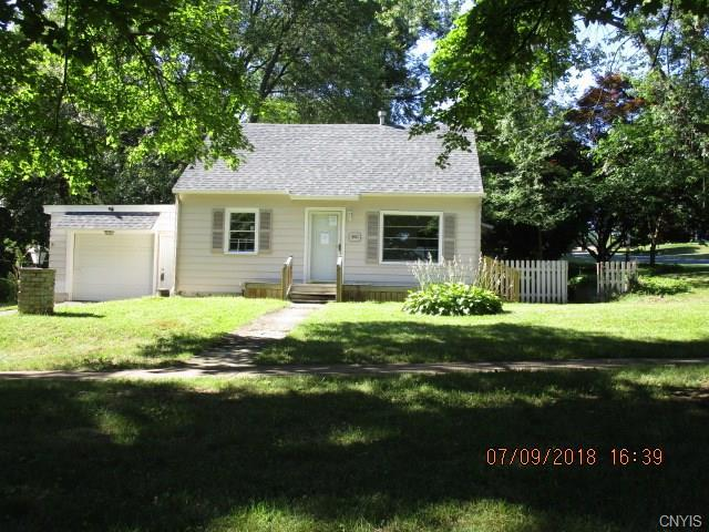 300 6th Street, Salina, NY 13088 (MLS #S1134765) :: The Chip Hodgkins Team