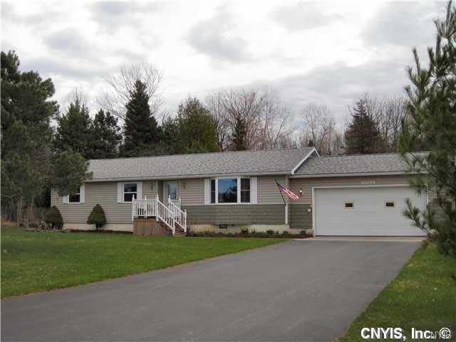 20054 Morin Lane S, Hounsfield, NY 13685 (MLS #S1135385) :: The Chip Hodgkins Team