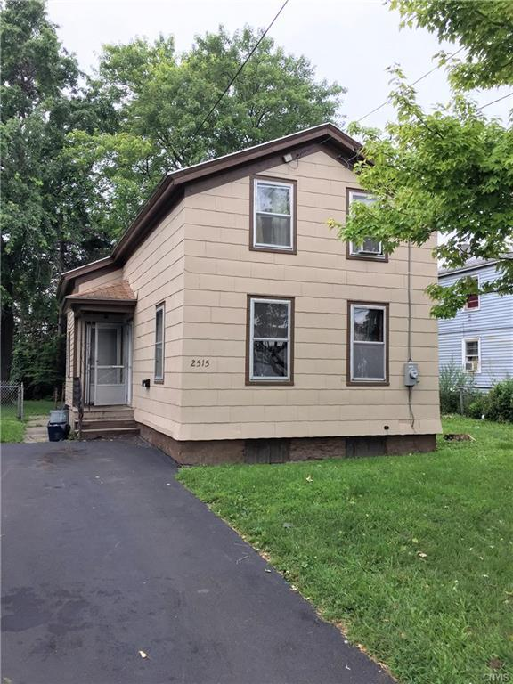 2515 Lodi Street, Syracuse, NY 13208 (MLS #S1141250) :: Thousand Islands Realty