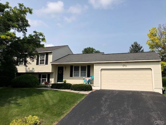 111 Sizzano Trail, Camillus, NY 13209 (MLS #S1142428) :: BridgeView Real Estate Services