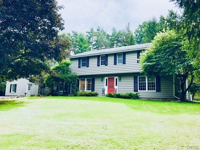 4885 Tanglewood Lane, Manlius, NY 13104 (MLS #S1147211) :: BridgeView Real Estate Services
