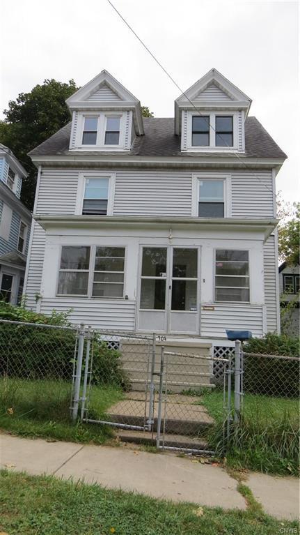 304 E Colvin Street, Syracuse, NY 13205 (MLS #S1147221) :: Thousand Islands Realty