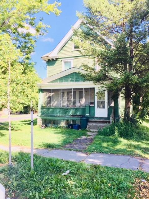 1803 Midland Avenue, Syracuse, NY 13205 (MLS #S1147525) :: Thousand Islands Realty
