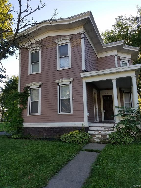 1008 Midland Avenue, Syracuse, NY 13205 (MLS #S1148054) :: Thousand Islands Realty