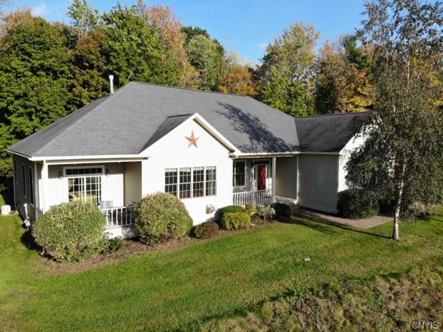 25 Pond View Drive, Minetto, NY 13126 (MLS #S1154205) :: Thousand Islands Realty
