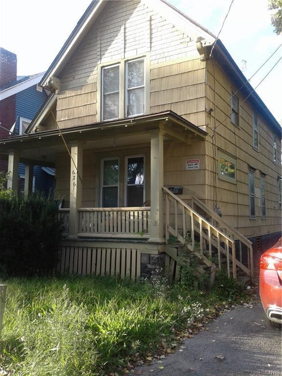 626 W Brighton Avenue, Syracuse, NY 13207 (MLS #S1154289) :: Thousand Islands Realty