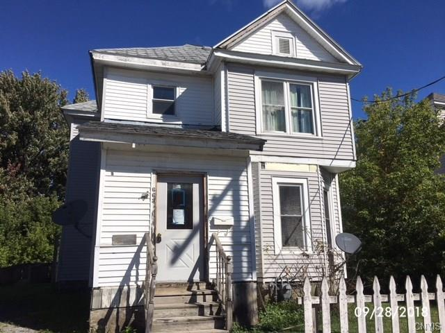 663 Olive Street, Watertown-City, NY 13601 (MLS #S1155492) :: Thousand Islands Realty