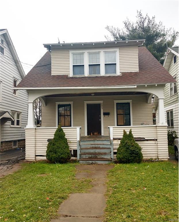221 Herriman Street, Syracuse, NY 13204 (MLS #S1160187) :: Thousand Islands Realty