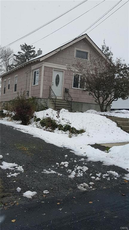 206 Merrill Street, Syracuse, NY 13208 (MLS #S1160986) :: MyTown Realty