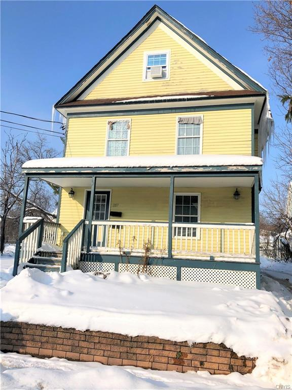 287 E Main Street, Watertown-City, NY 13601 (MLS #S1164595) :: Robert PiazzaPalotto Sold Team