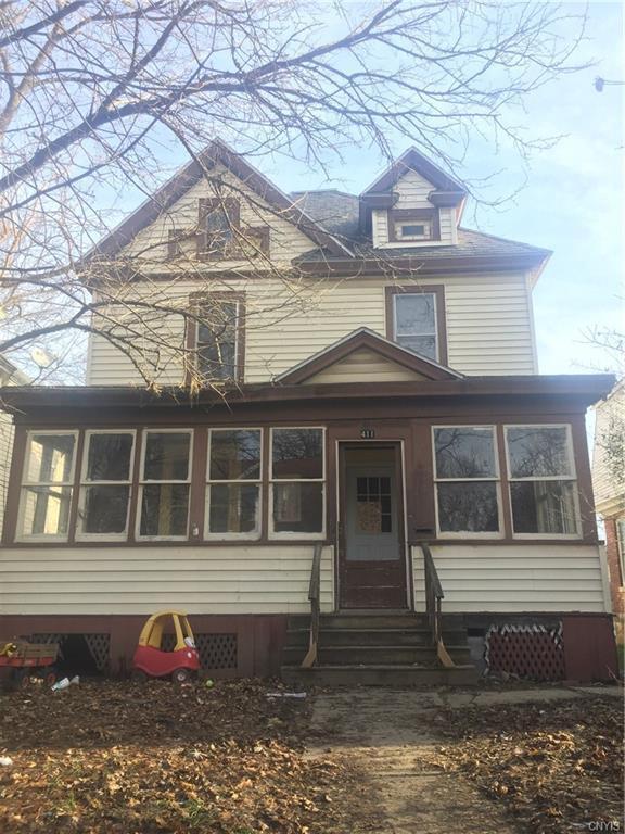 411 Craddock Street, Syracuse, NY 13207 (MLS #S1165254) :: Thousand Islands Realty