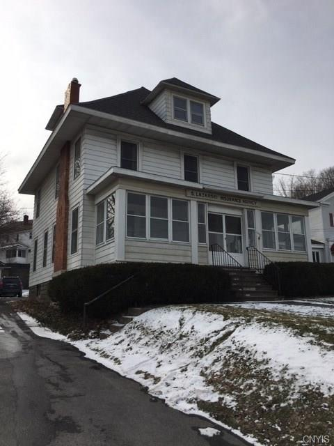 1607 W Genesee Street, Syracuse, NY 13204 (MLS #S1172729) :: Thousand Islands Realty