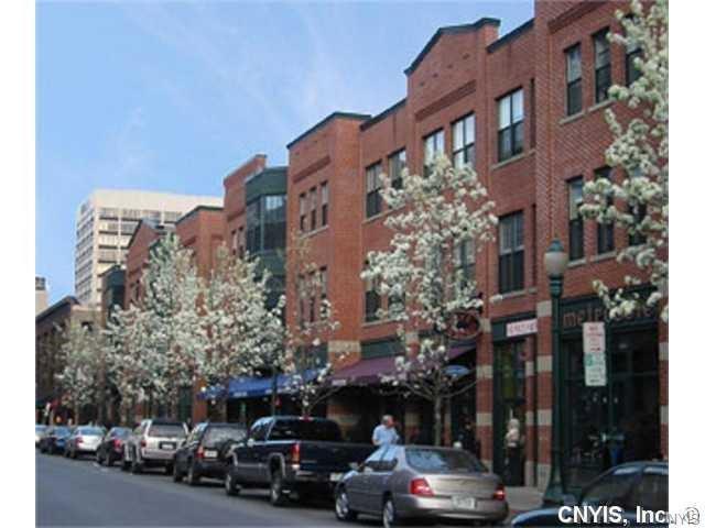133 Walton Street #110, Syracuse, NY 13202 (MLS #S1195836) :: Thousand Islands Realty