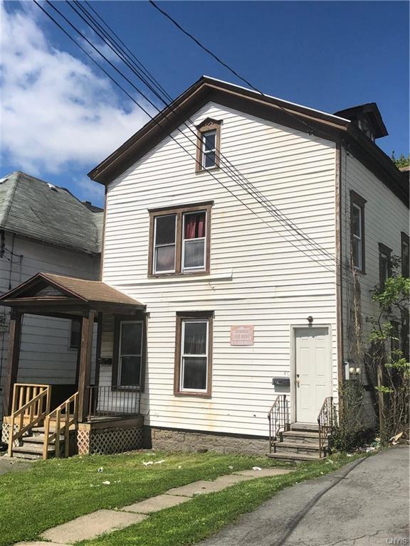 413 Kirkpatrick Street, Syracuse, NY 13208 (MLS #S1202618) :: The Glenn Advantage Team at Howard Hanna Real Estate Services