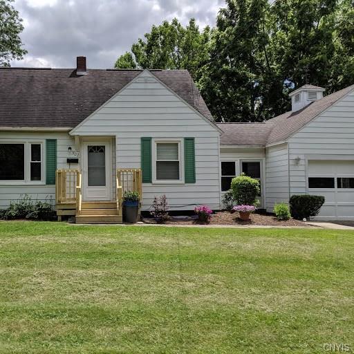 302 Thayer Street, Syracuse, NY 13210 (MLS #S1206542) :: BridgeView Real Estate Services