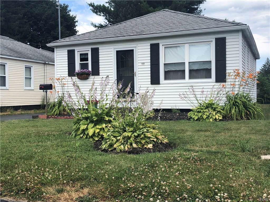 108 Hazel Avenue, Dewitt, NY 13057 (MLS #S1210594) :: MyTown Realty