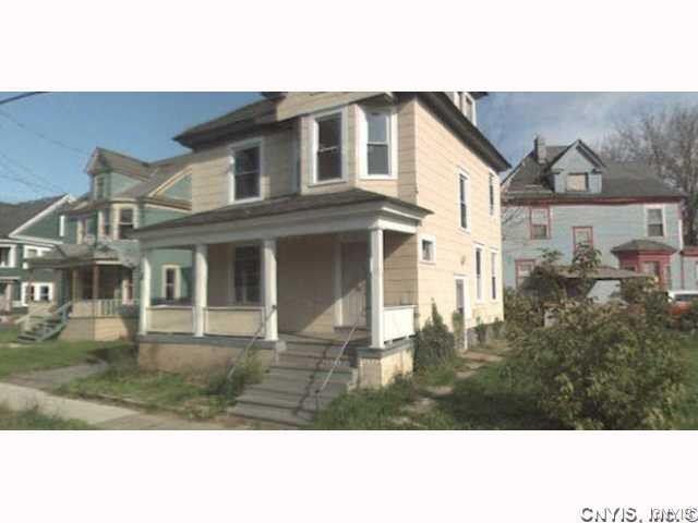 855 South Avenue, Syracuse, NY 13207 (MLS #S1215618) :: 716 Realty Group