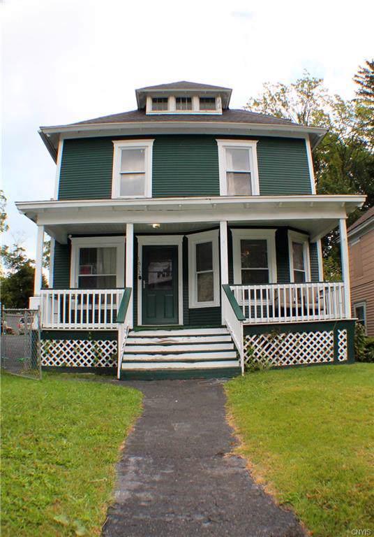 1612 W Colvin Street, Syracuse, NY 13207 (MLS #S1226840) :: The Glenn Advantage Team at Howard Hanna Real Estate Services