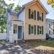 213 W Ellis Street, Dewitt, NY 13057 (MLS #S1236254) :: The Chip Hodgkins Team