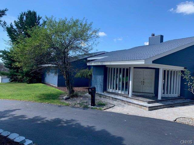 114 Danberry Circle, New Hartford, NY 13413 (MLS #S1236978) :: BridgeView Real Estate Services