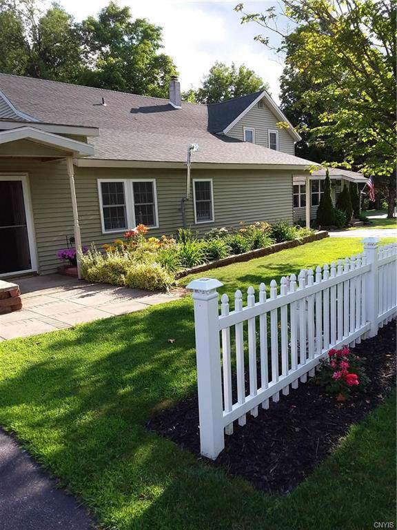 102 Beaumont Avenue, Le Ray, NY 13612 (MLS #S1241128) :: BridgeView Real Estate Services
