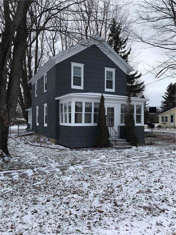 254 W Lake Street, Cape Vincent, NY 13618 (MLS #S1241846) :: The CJ Lore Team | RE/MAX Hometown Choice