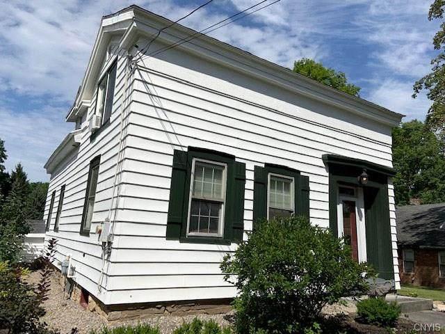 3303 Howlett Hill Road, Onondaga, NY 13031 (MLS #S1252030) :: MyTown Realty