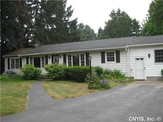 3087 State Route 48, Minetto, NY 13126 (MLS #S1265104) :: MyTown Realty
