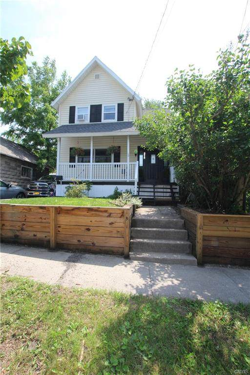 216 Farwell Street - Photo 1