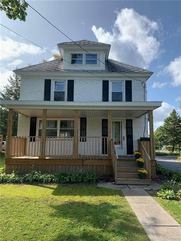 787 Starbuck Avenue, Watertown-City, NY 13601 (MLS #S1294746) :: MyTown Realty