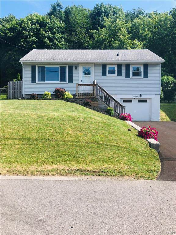 1005 Hudson Street, Camillus, NY 13219 (MLS #S1294779) :: Lore Real Estate Services