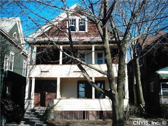 707 Hickory Street Street, Syracuse, NY 13203 (MLS #S1296038) :: Robert PiazzaPalotto Sold Team