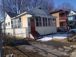 305 Shonnard Street, Syracuse, NY 13204 (MLS #S1298167) :: Thousand Islands Realty