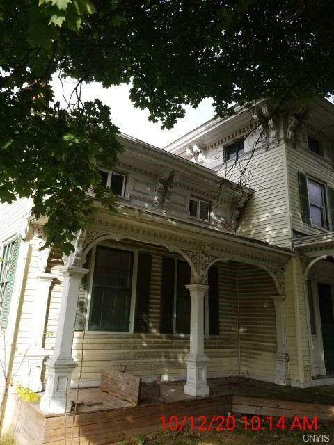 185 North Street, Auburn, NY 13021 (MLS #S1303534) :: Thousand Islands Realty