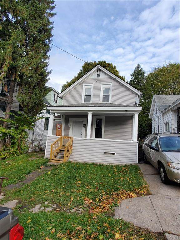 205 Markland Avenue, Syracuse, NY 13207 (MLS #S1305682) :: BridgeView Real Estate Services
