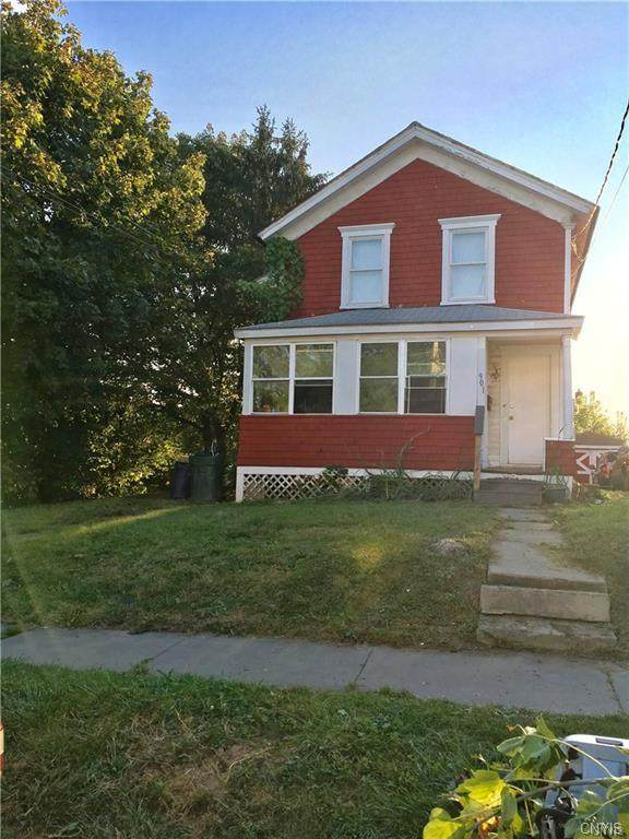 901 Milton Avenue, Syracuse, NY 13204 (MLS #S1308187) :: 716 Realty Group