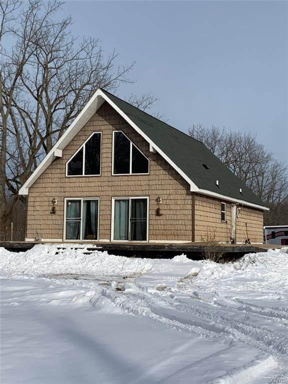 2136 County Route 8, Minetto, NY 13126 (MLS #S1317821) :: MyTown Realty