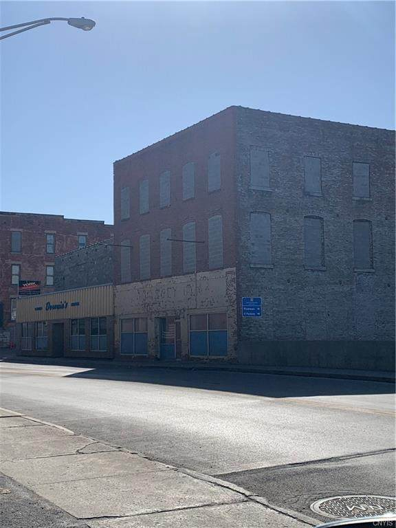 100 Newell Street - Photo 1