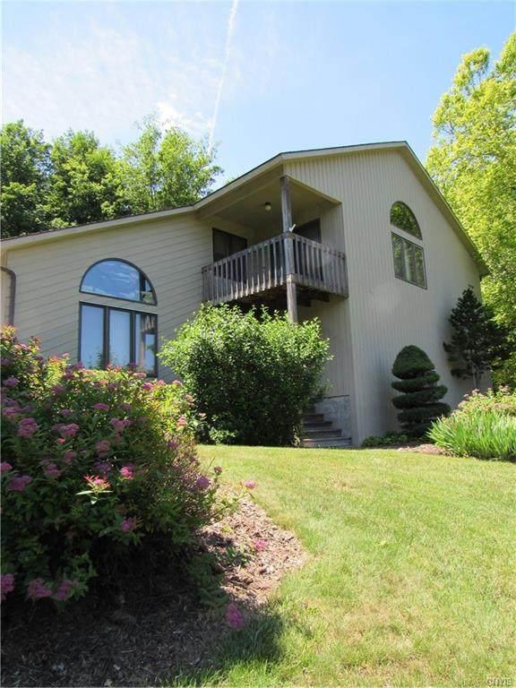 2614 Rolling Hills Road, Camillus, NY 13031 (MLS #S1345529) :: TLC Real Estate LLC