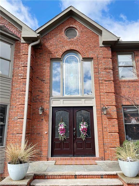 5501 Golden Heights Drive, Manlius, NY 13066 (MLS #S1345800) :: TLC Real Estate LLC