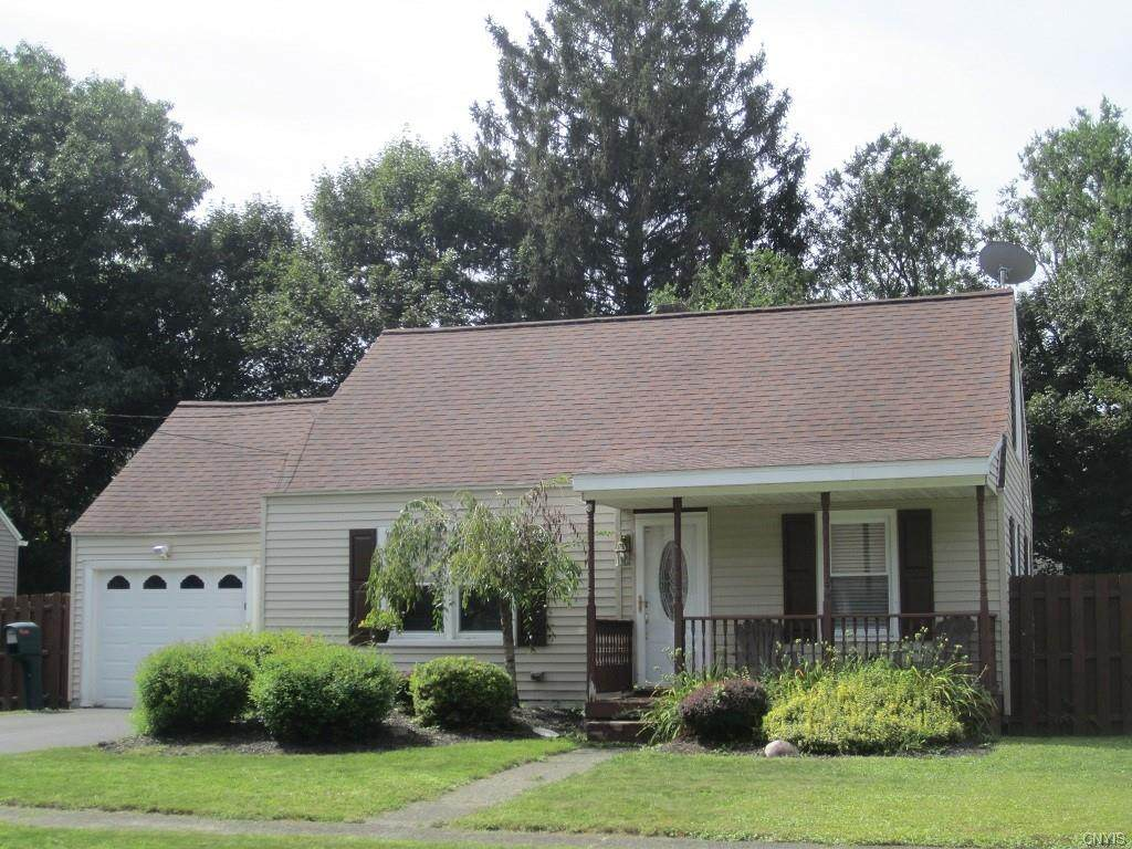 152 Riverview Parkway N - Photo 1