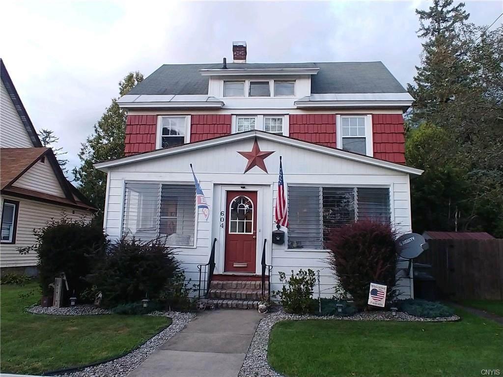604 Bloomfield Street - Photo 1